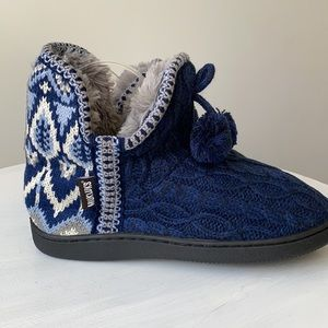 NWT Muk Luks Slipper Boots With Faux Fur